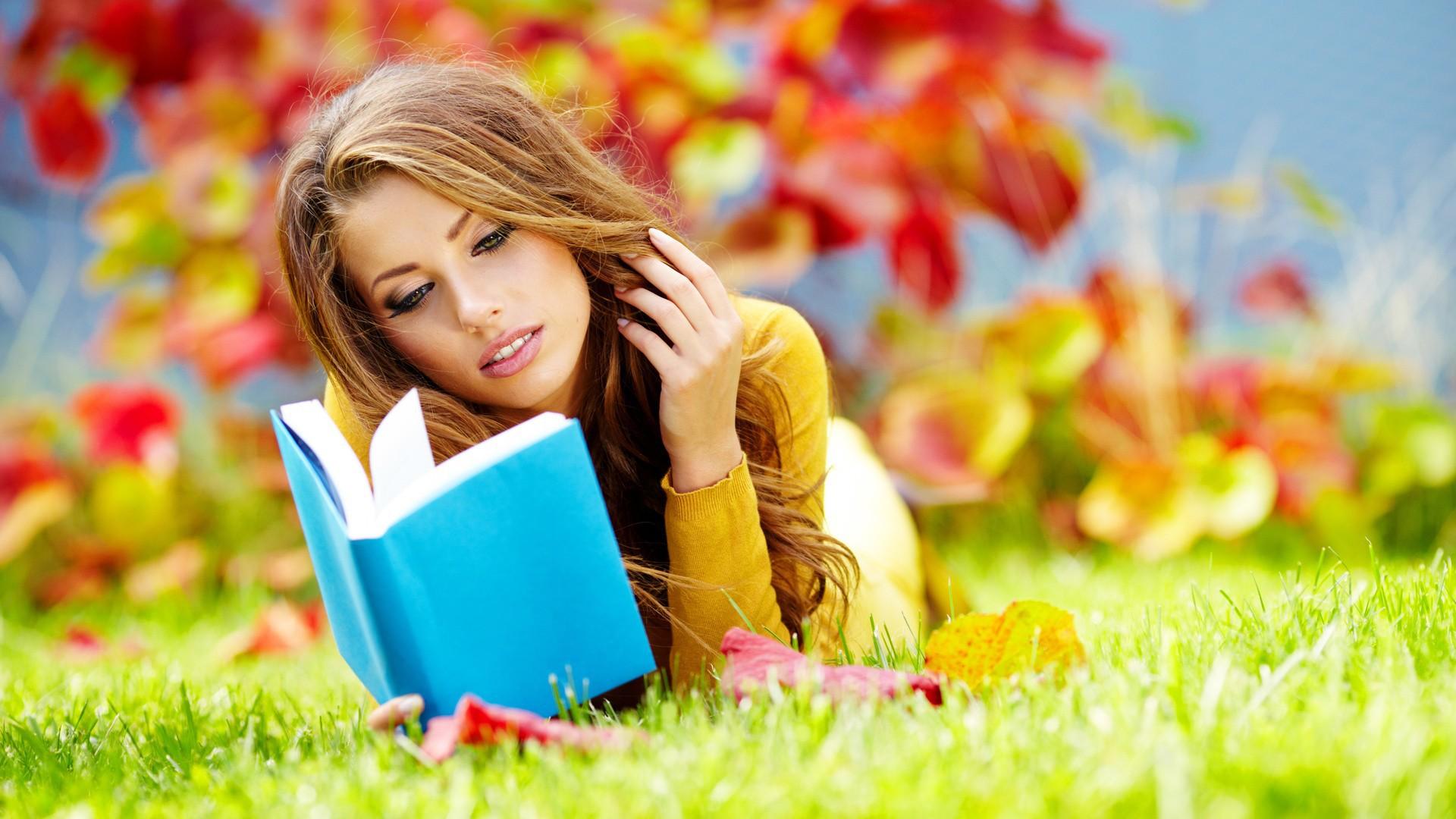 Girls___Beautyful_Girls_Reading_the_book_of_nature_042864_