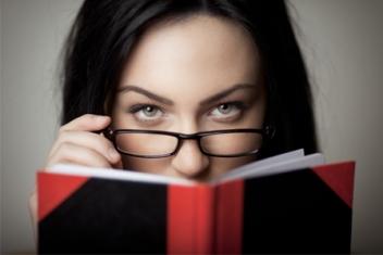 sexy-woman-reading-book-horiz